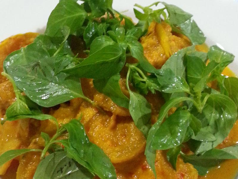 Ikan Kuning masak Terong Asam Kalimantan Timur