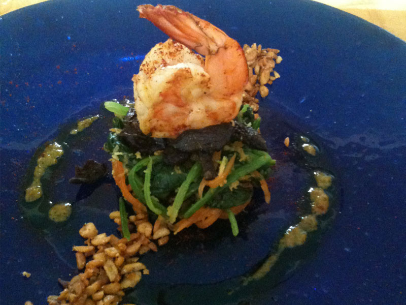 Prawn Spinach & Tempe Crumble Salad